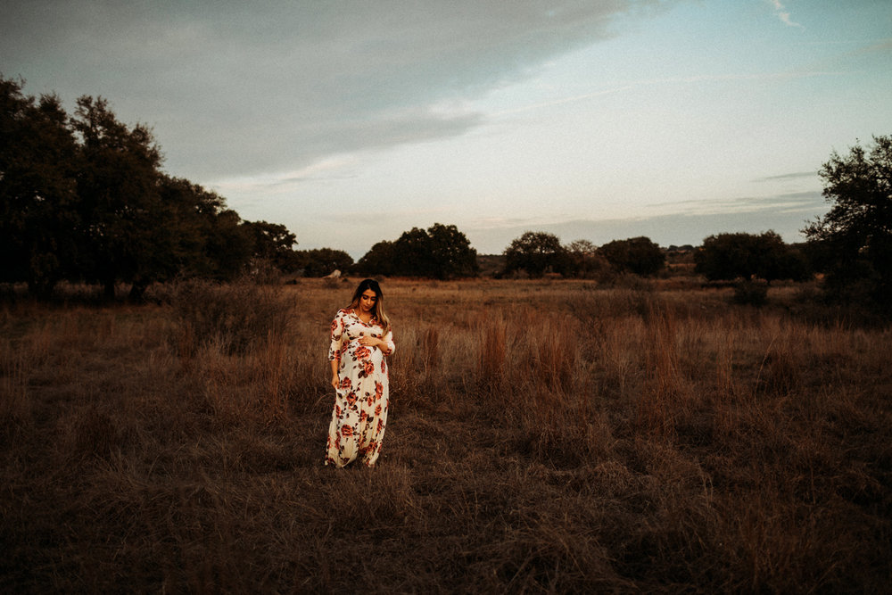 850_san antonio lifestyle maternity photographer.jpg