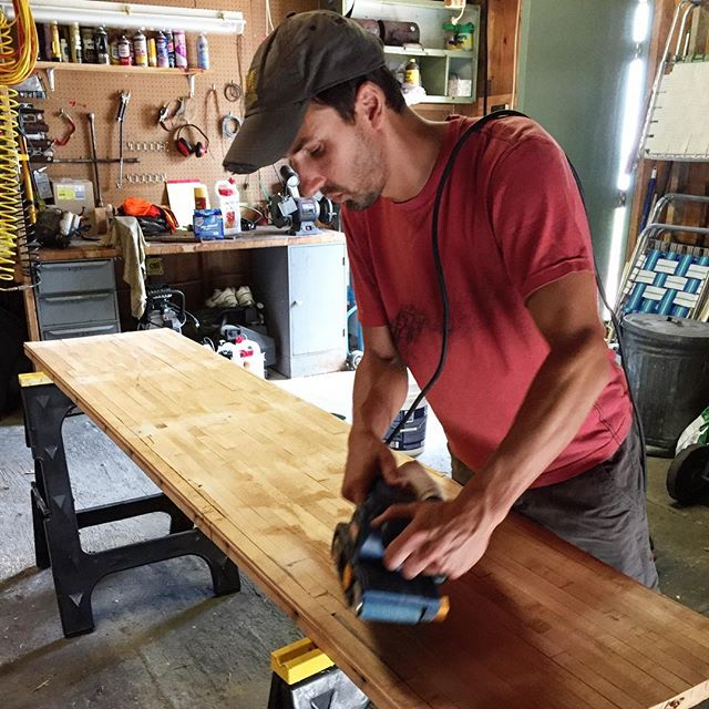 TBT to last summer when Paul transformed part of a bowling alley  to an awesome office workstation! 🙌 . . . . #reuse #repurpose #furniture #furnituredesign #design #woodworking #bowling🎳 #tbt