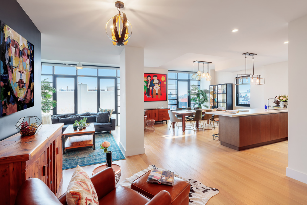 500 WAVERLY AVENUE, 6A - $2,200,000 // 4 Beds // 2.5 Baths // 1,650 SQFTDon't miss unit 6A, the first resale at Waverly Brooklyn, GKV's incredibly successful full-service condominium at the nexus of treasured Fort Greene, Clinton Hill, and Prospect Heights! This sumptuous 3-bedroom (originally a legal 4-bedroom) , 2.5-bathroom home spans 1,650 square feet all on a single floor, with a perfect open layout for entertaining in the nearly 30-foot-long great room adorned with floor-to-ceiling windows bringing in magical natural sunlight from the South and East and overlooking Waverly Avenue.