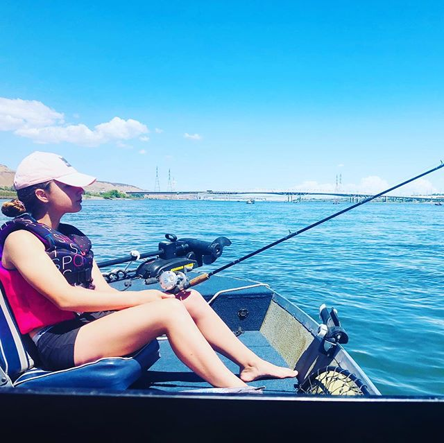 """Give a man a fish and you feed him for a day. Teach a man to fish and you feed him for a lifetime."" -Chinese proverb #fishing #angling #columbiariver #teachthemyoung #lifeskillsforkids #patience #girlscandoittoo #pacificnorthwest #pnwlife"