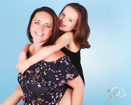 Makeover Photoshoot with Afternoon Tea - Curves Photography Studios - Mum and Daughter_039.jpg
