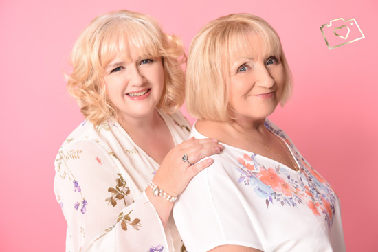 Makeover Photoshoot with Afternoon Tea - Curves Photography Studios - Mum and Daughter_042.jpg