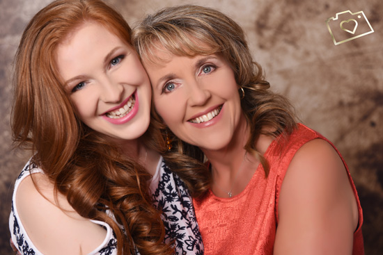 Makeover Photoshoot with Afternoon Tea - Curves Photography Studios - Mum and Daughter_053.jpg