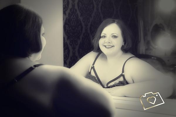 curves photography studios - boudoir photography Sarah3.jpg