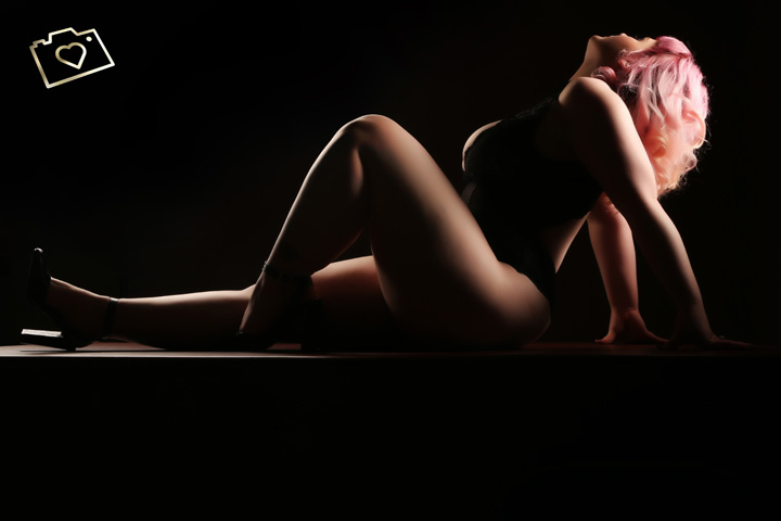 Curves Photography Studios - Boudoir Photographer Manchester - Cheshire - Photo Studio_405.jpg