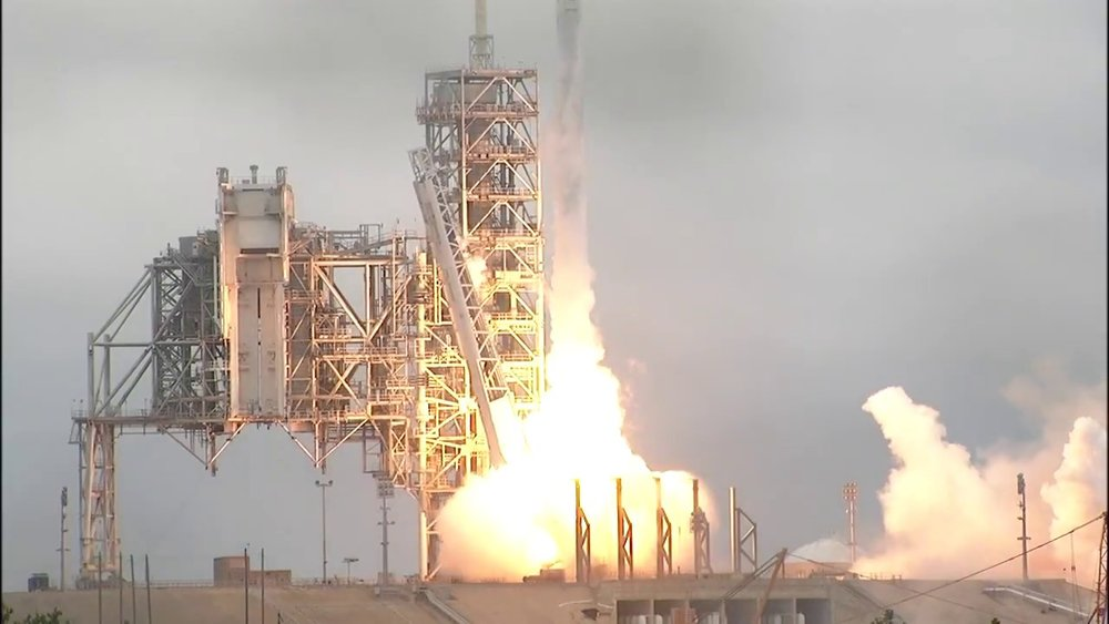CRS-10 lists off from lc-39a (NASA)