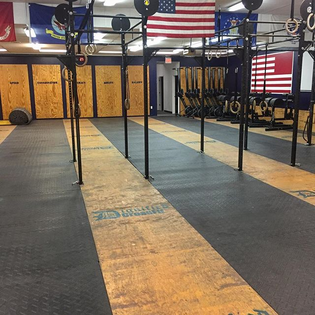 Open Gym - Are you a lone wolf,following a specific exercise regimen, or just want more time in the gym? If group training isn't for you, we allow Open Gym use of our facility at certain times. We'll provide the equipment and space, you just do you.