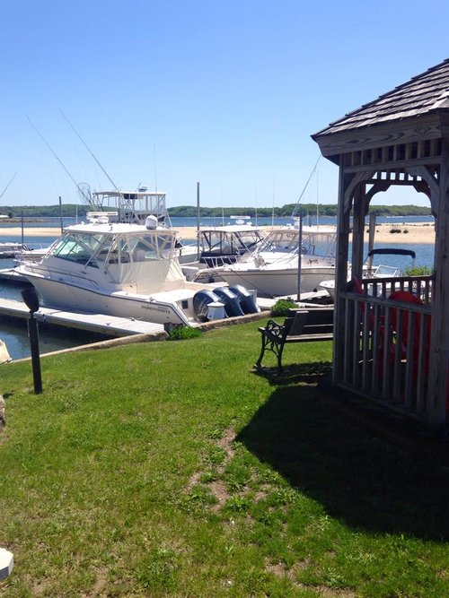 BBQ Grills & Dockside Gazebo
