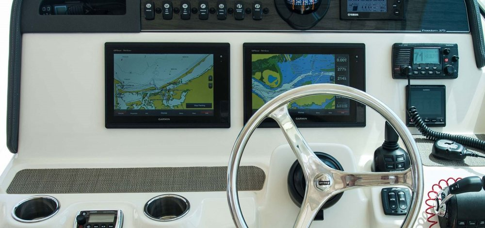 Z375-flush-mount-electronics-area.jpg
