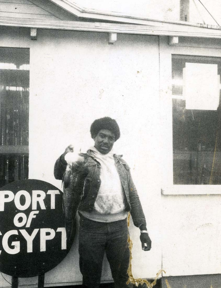 70s_customerw fish.jpg