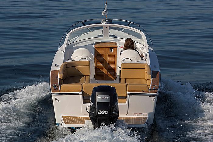 23-bristol-harbor-cuddy-04.jpg