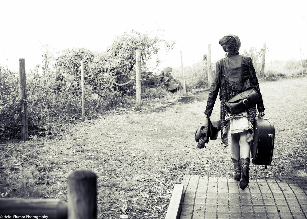 shelley-may-heidi-flumm-photography-profile-shoot-4.jpg