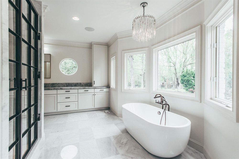 BELLE MEADE - This Southern charmer perfectly marries traditional style with contemporary sophistication for a beautiful space that's both classic and refreshing.