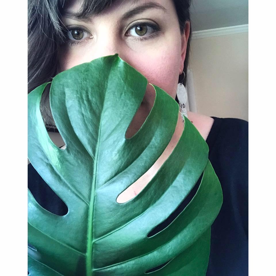 Obligatory plant selfie with my favorite plant, Monstera deliciosa.