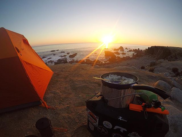 This is what it's all about! . . . . . #awarenessonwheels #mentalhealth #mhfnz #awareness #adventure #motorcycle #dualsport #suzuki #dr650 #advlife #panamerican #camping #cooking #sunset #dualsportlife