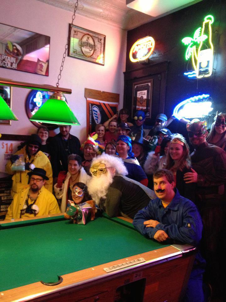 2012-11-02_halloween_pub_crawl_02.jpg