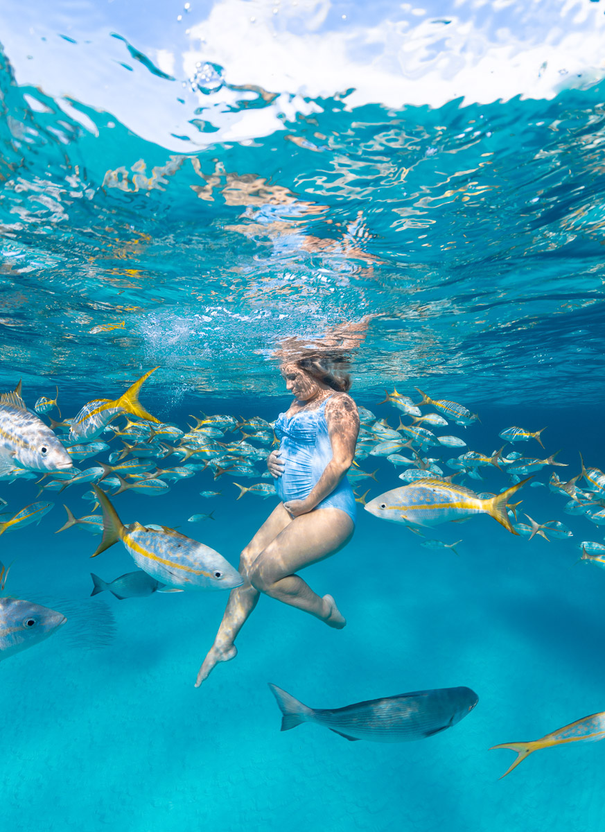 Underwater Maternity with fish