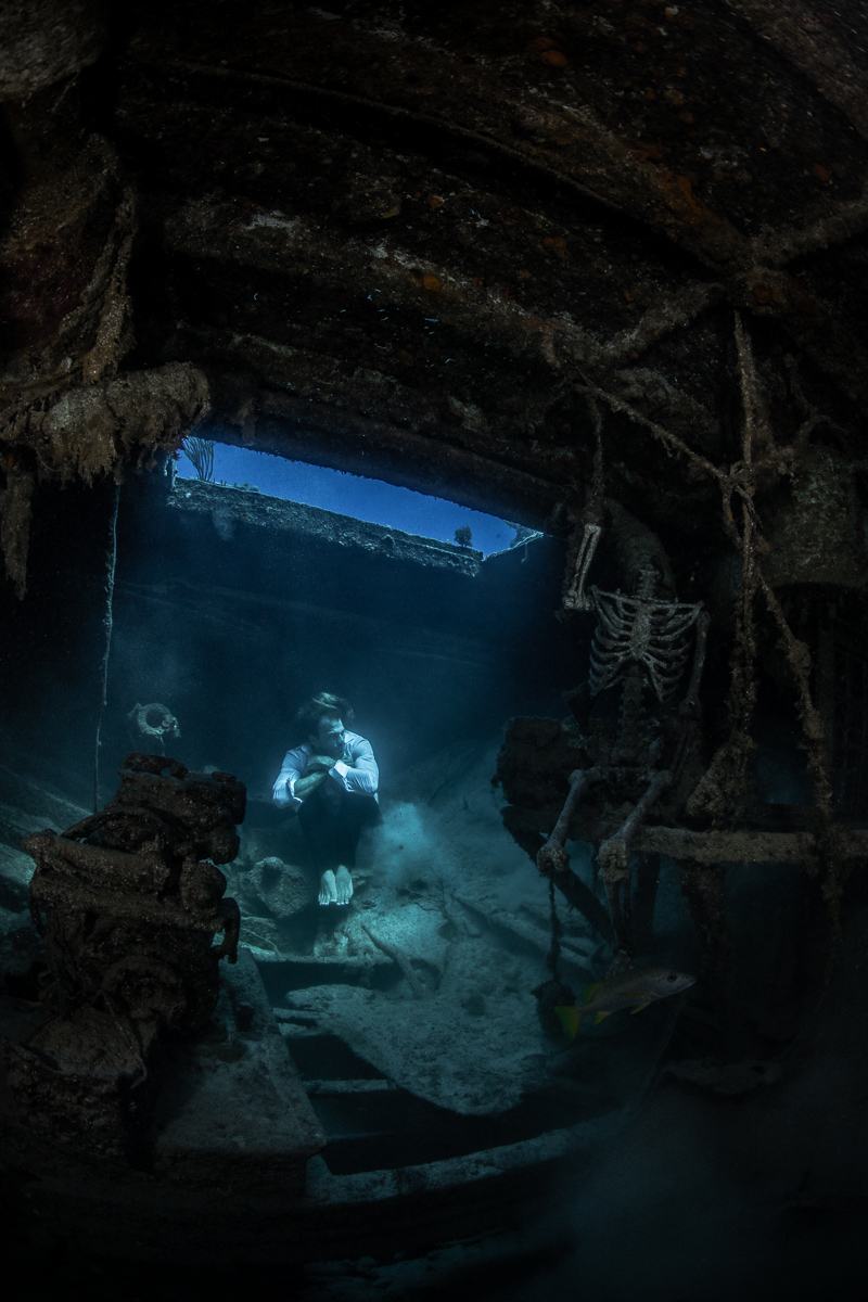 Underwater Model Photoshoot in Shipwreck in Nassau, Bahamas (c) André Musgrove 2018.jpg