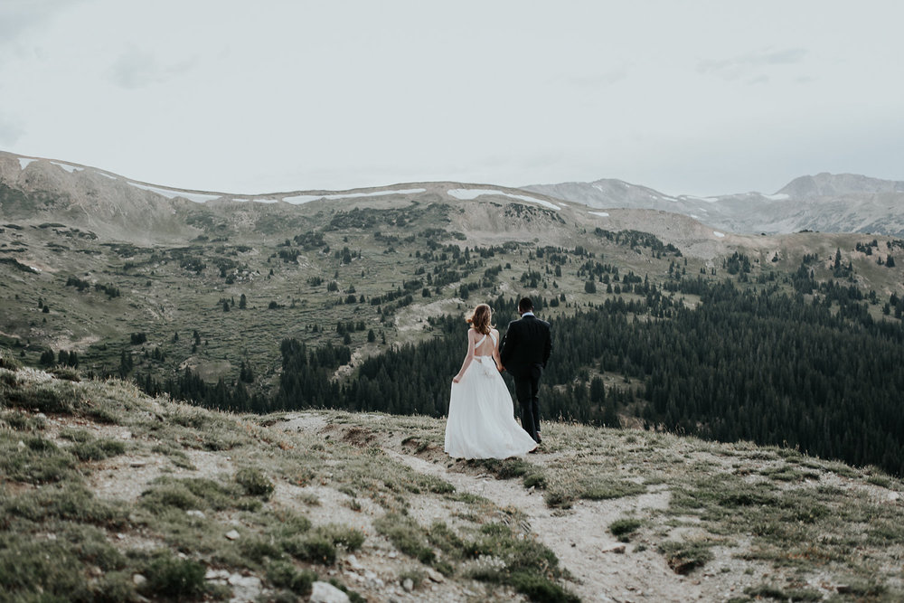 Mountain wedding photographer in Colorado