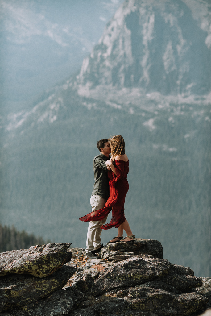 Colorado adventure elopement photographer. Denver, Colorado wedding photographer.