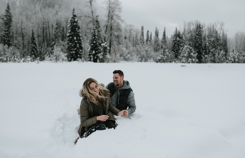 Colorado based adventure elopement, engagement, and wedding photographer.