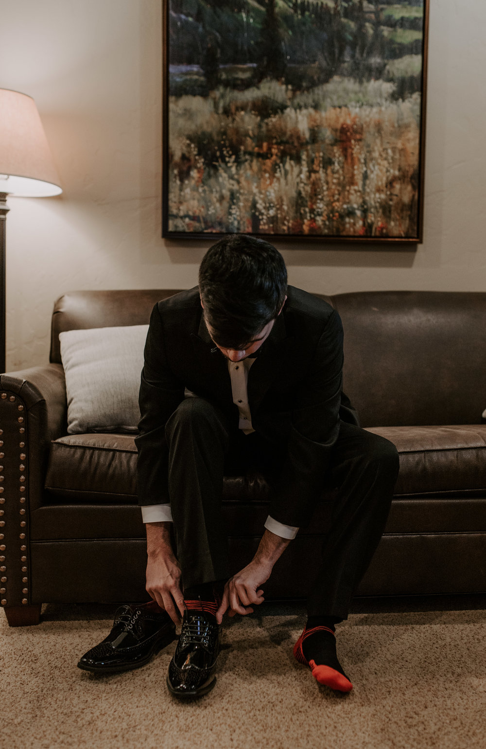 Details of the groom getting ready. Colorado wedding & elopement photographer for adventurous couples.