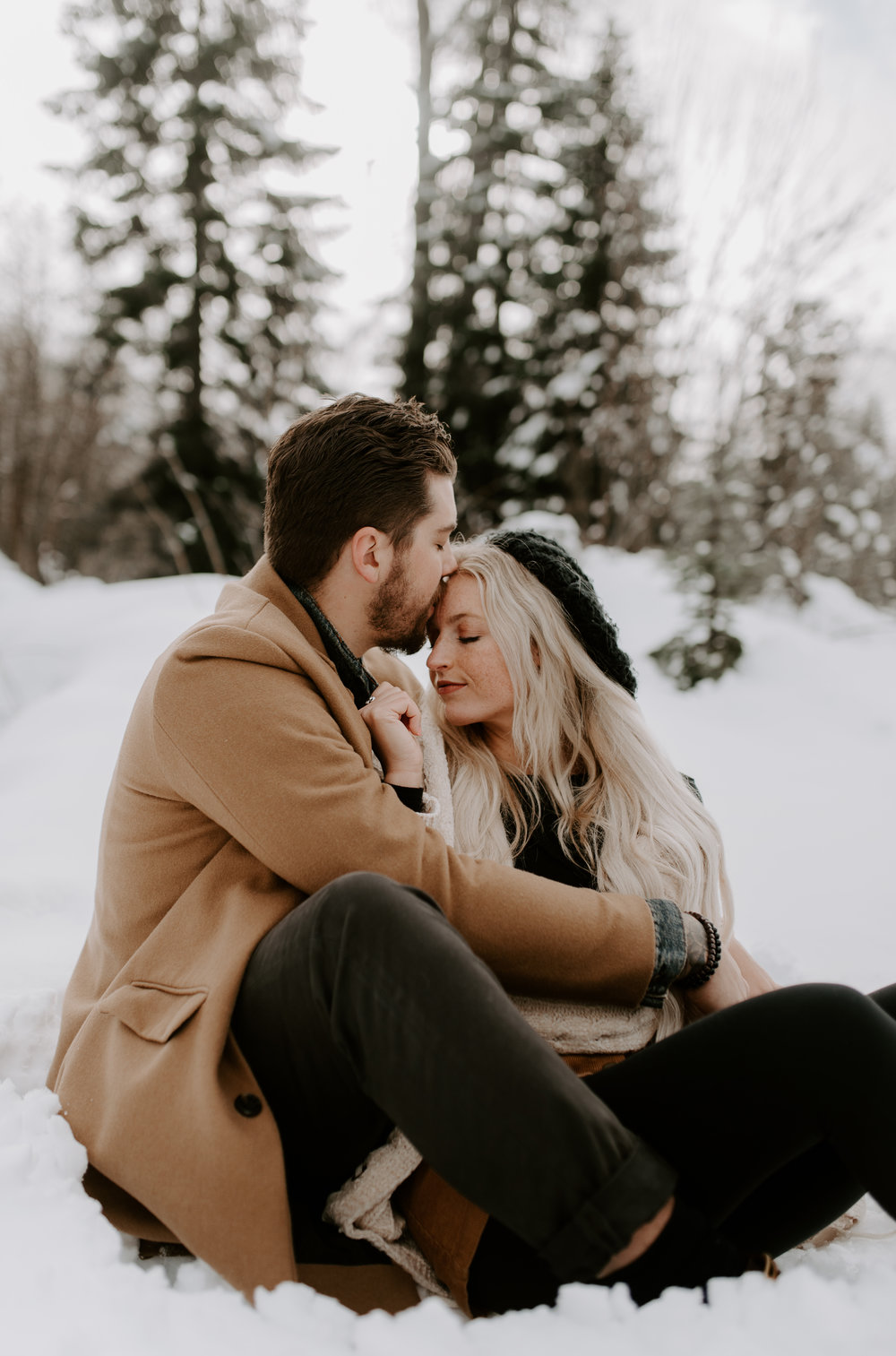 Washington photographer for engagement sessions in the North Cascades mountains.