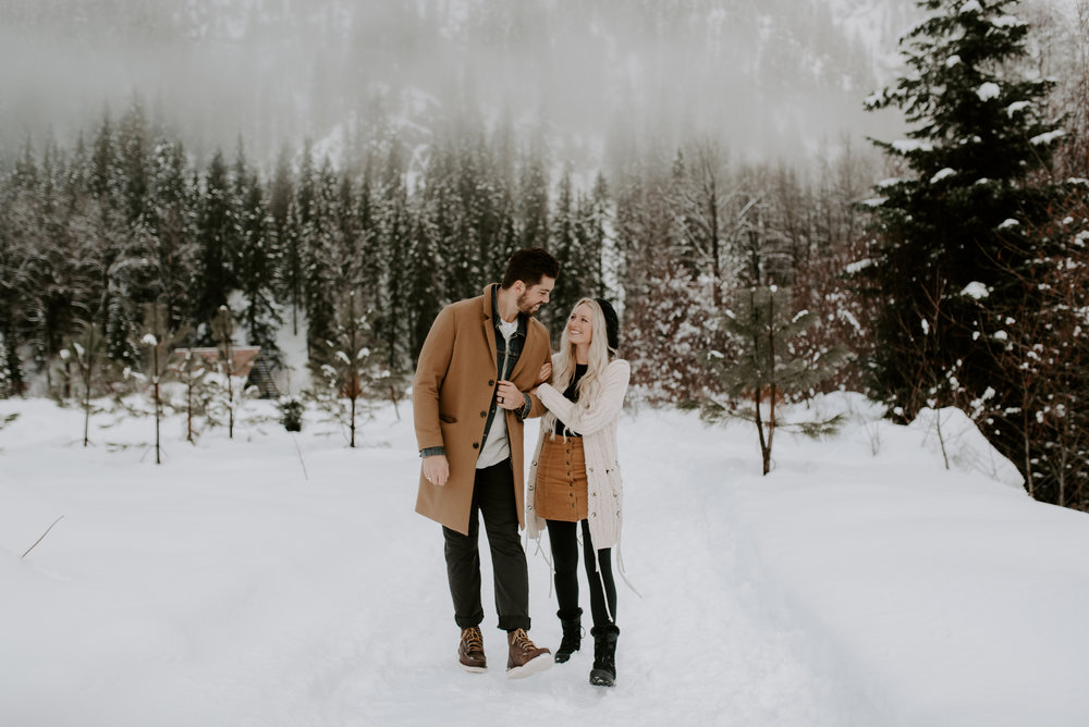 Washington elopement photographer. North Cascades National Park adventure session.