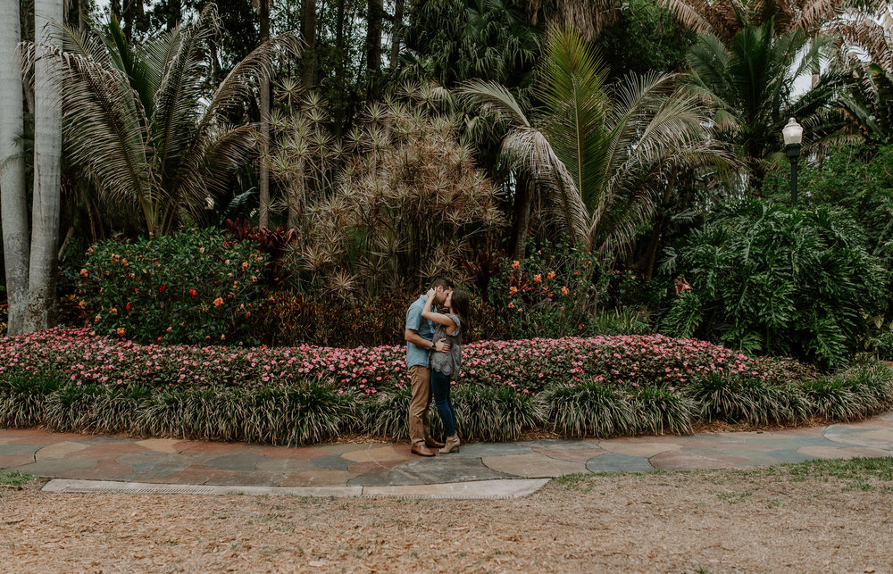 Tampa, Florida engagement session at Sunken Gardens
