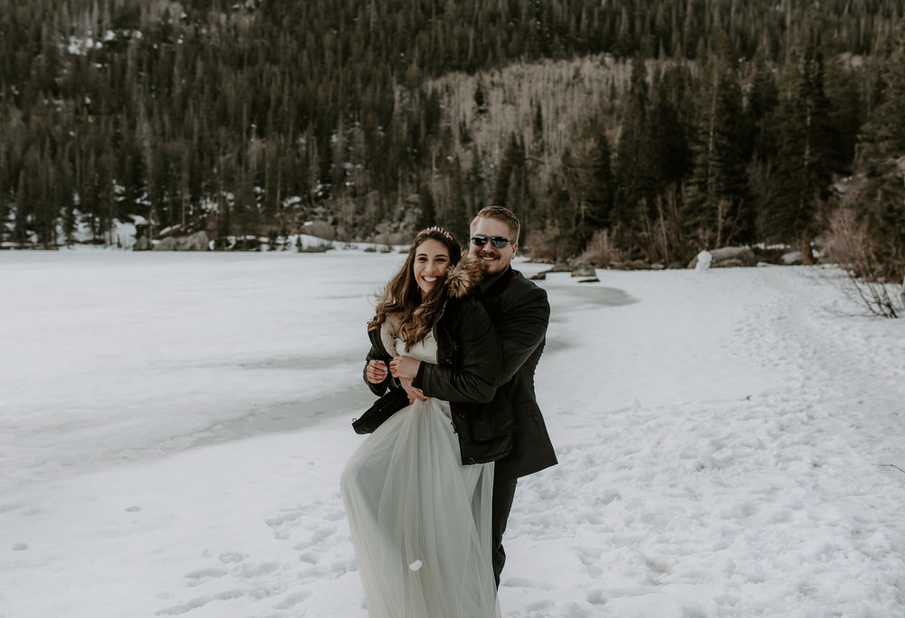 Winter wedding in Rocky Mountain National Park