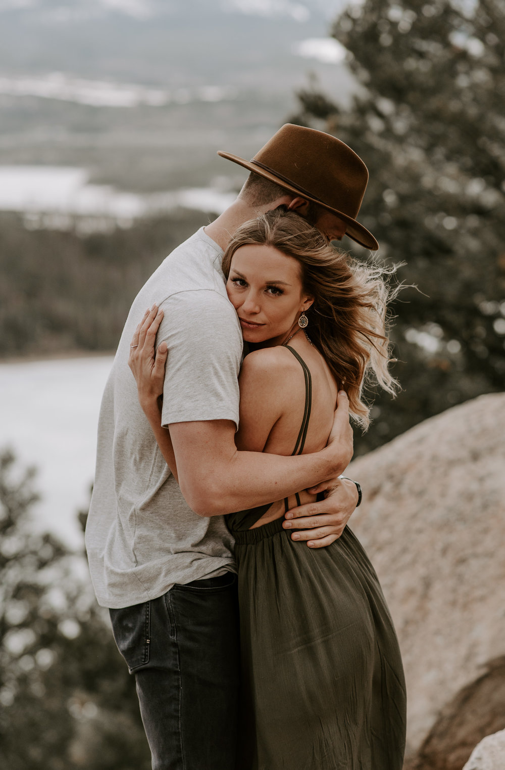 Adventure engagement session at Sapphire Point. Colorado elopement photographer.