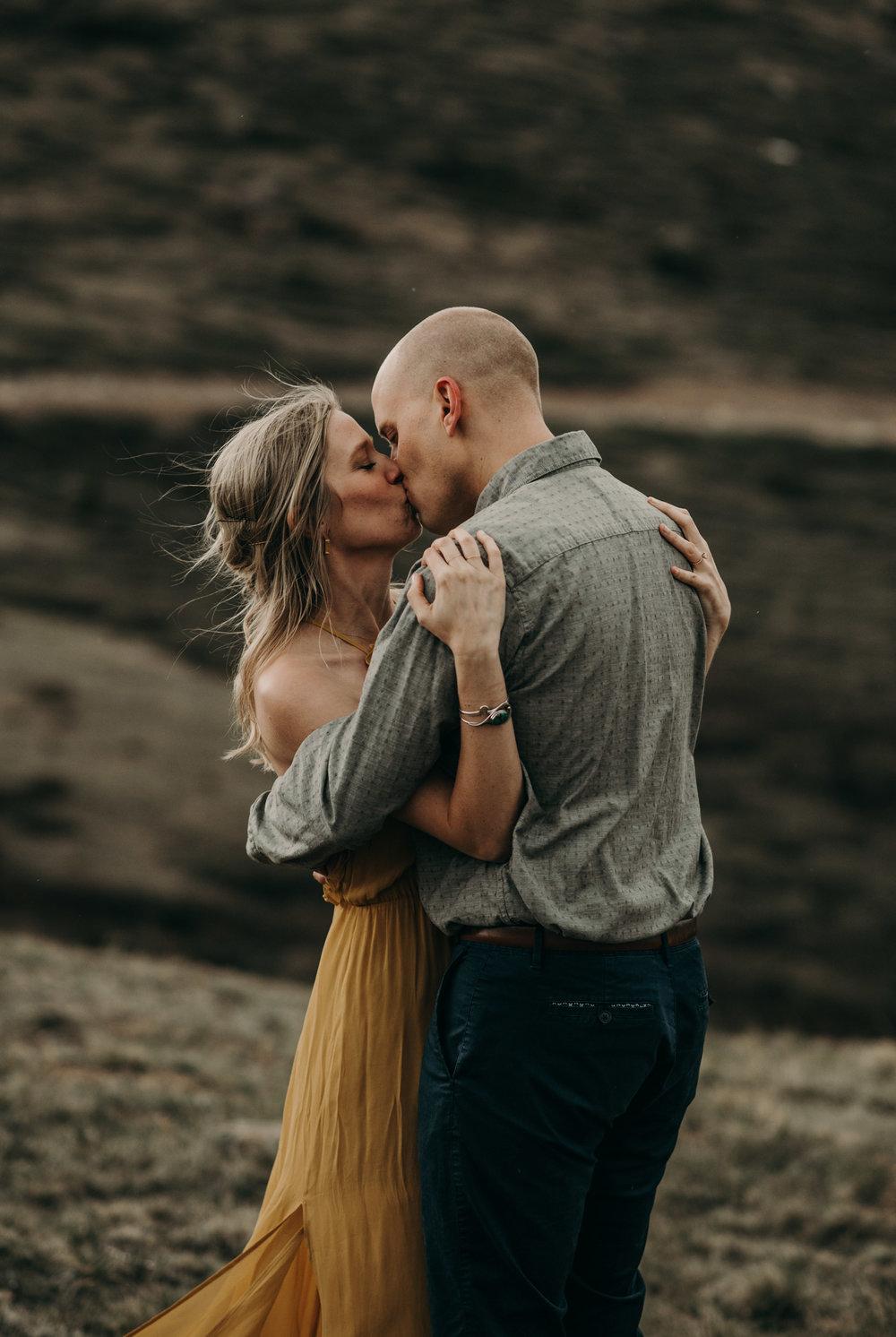 Wedding photographer in Colorado. Colorado elopement photos.