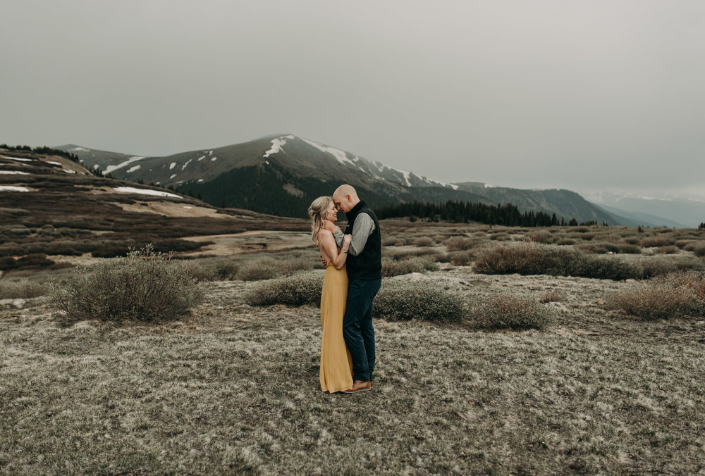 Elopement photographer in Colorado