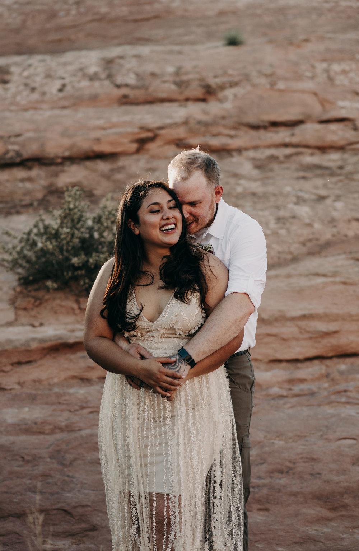 Moab wedding photographer. Arches National Park elopement.