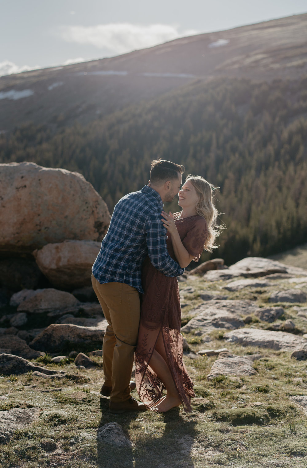 Mountain wedding in Colorado. Colorado elopement photographer