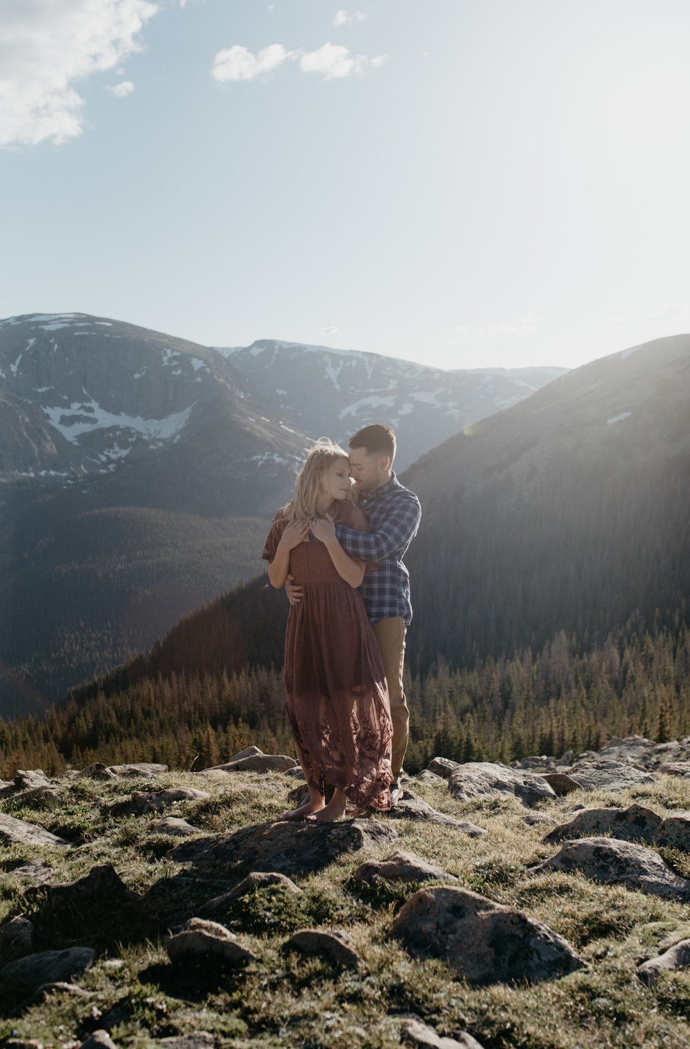 Trail Ridge Road intimate wedding in Rocky Mountain National Park.