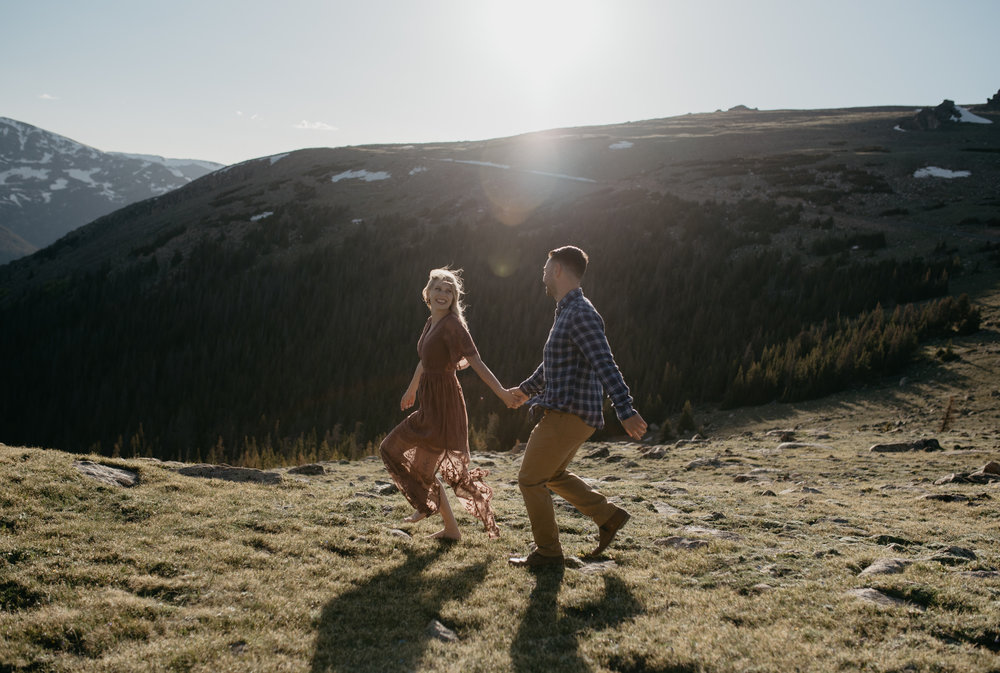 Colorado elopement photographer. Rocky Mountain National Park elopement.