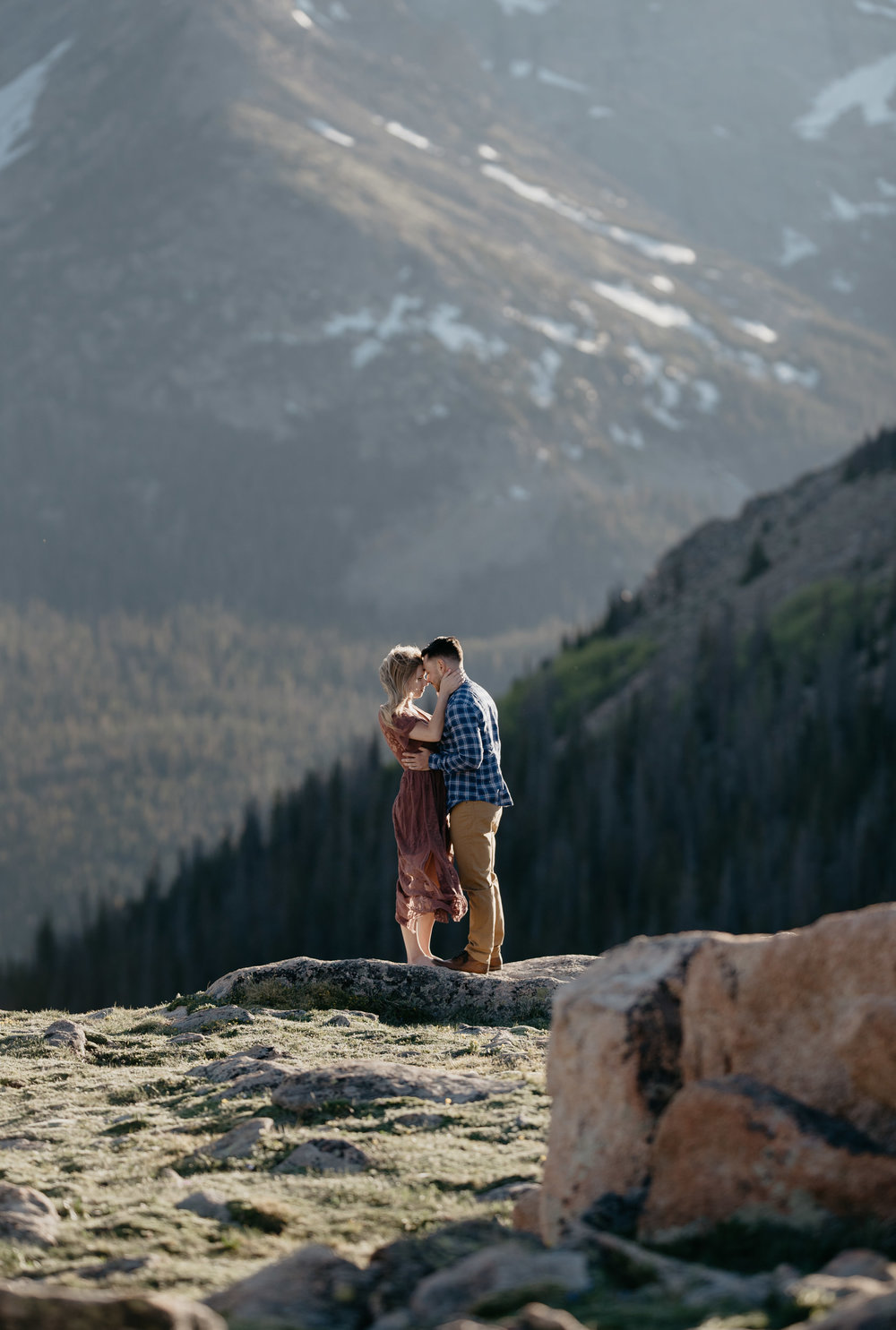Mountain elopement photos in Colorado