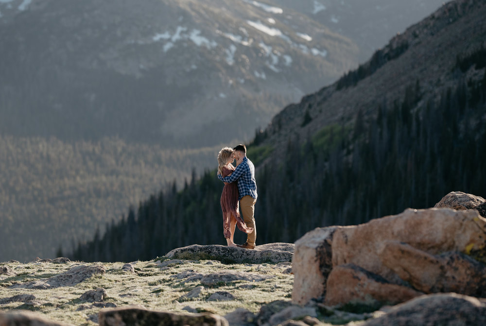 Elopement and wedding photographer in Colorado