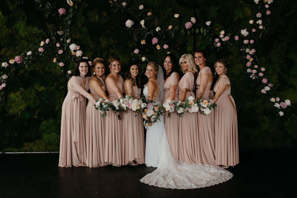 Denver Moss wedding photographer. Bridesmaids photos.