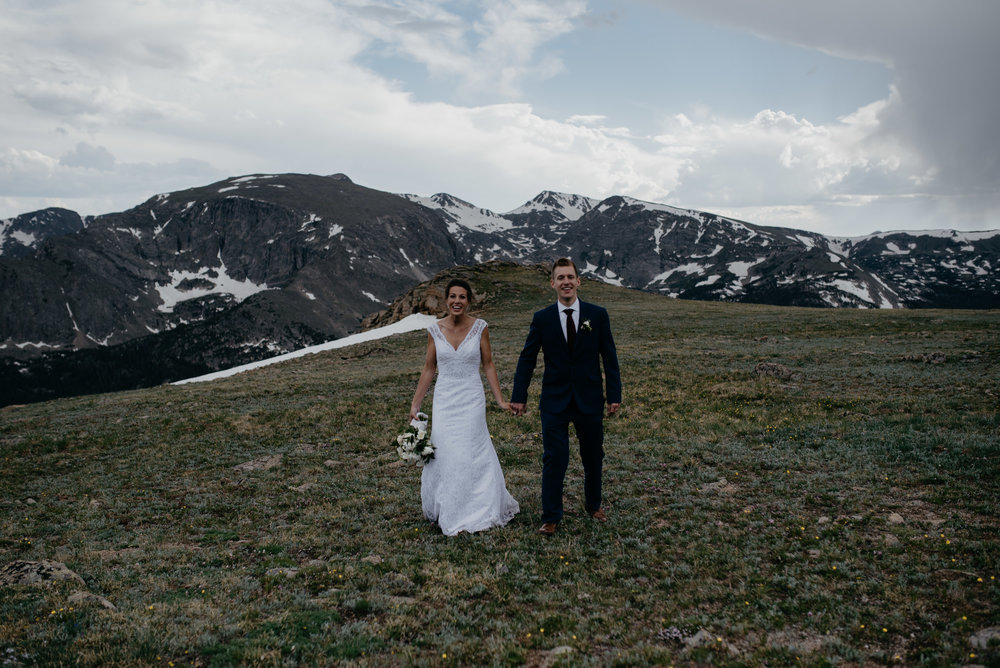 Trail Ridge Road elopement in Rocky Mountain National Park. Colorado wedding photographer.
