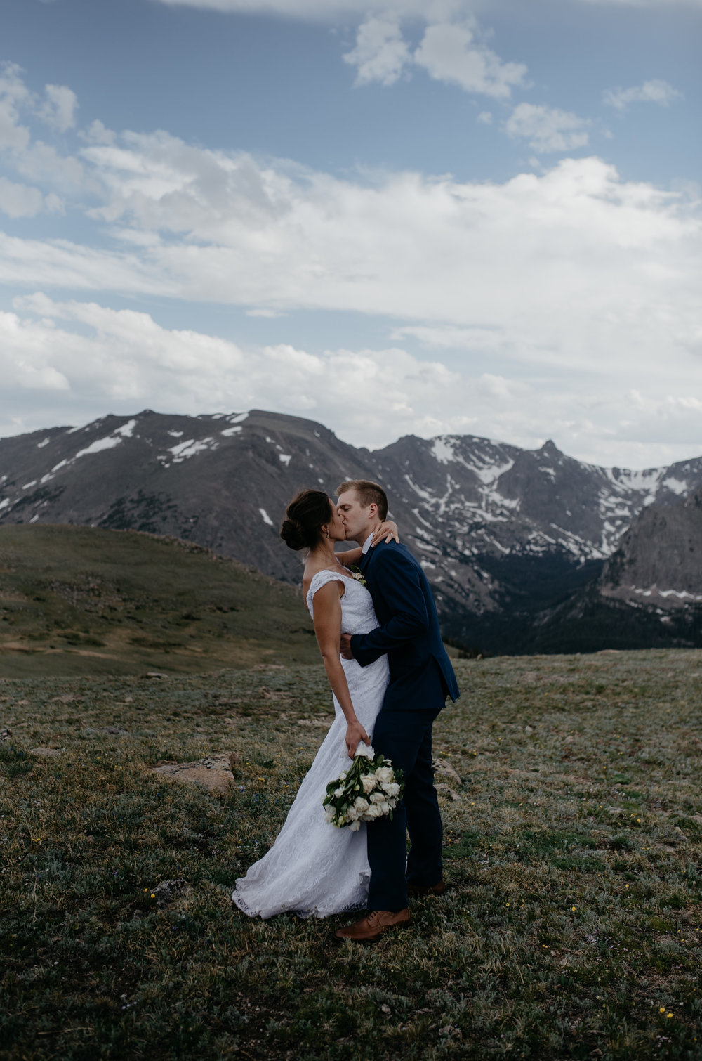 Trail Ridge Road elopement. Colorado elopement photographer