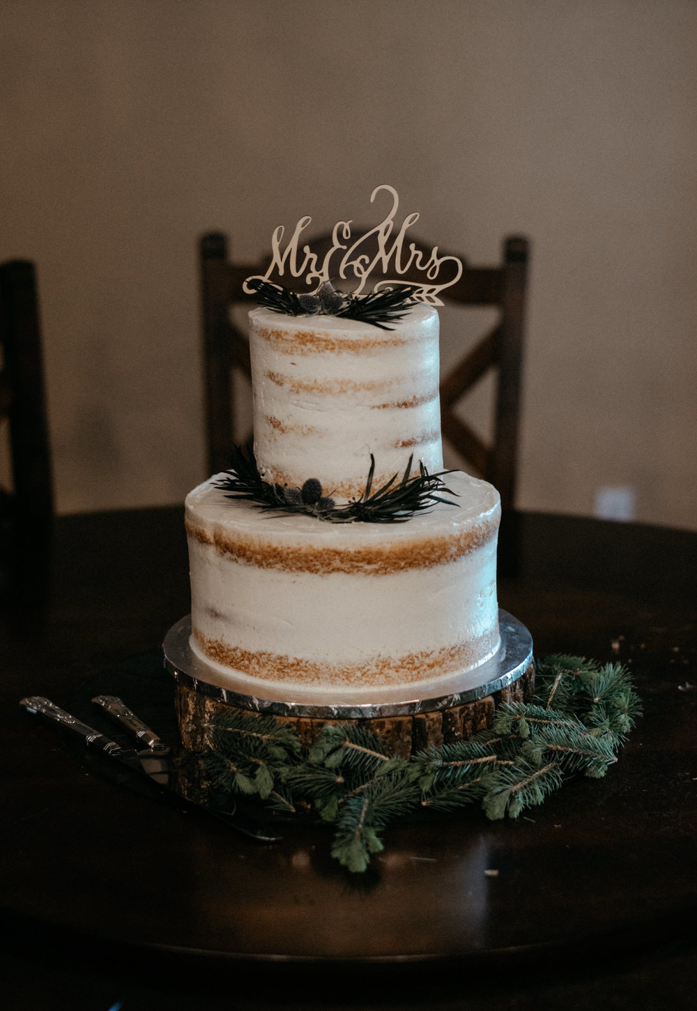 Intimate Colorado wedding at Sapphire Point. Wedding Cake.