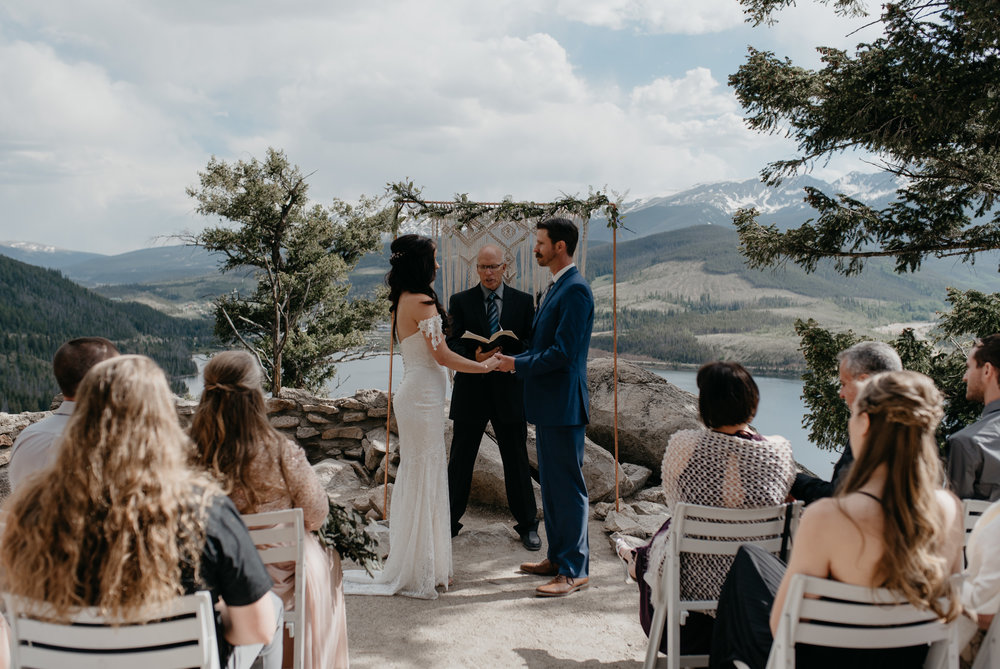 Ceremony at Sapphire Point in Colorado. Colorado wedding and elopement photographer.