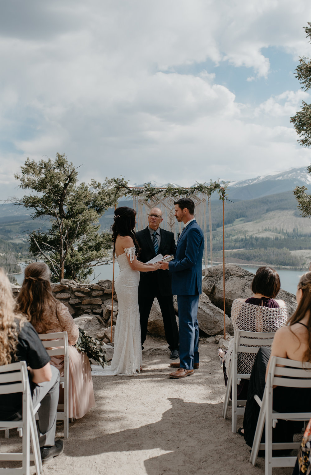 Intimate ceremony at Sapphire Point in Breckenridge, Colorado. Colorado elopement and wedding photographer.