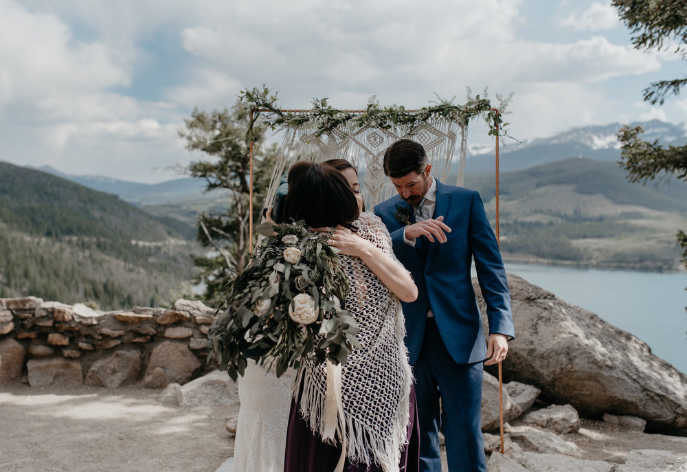 Colorado elopement photos. Sapphire Point wedding.