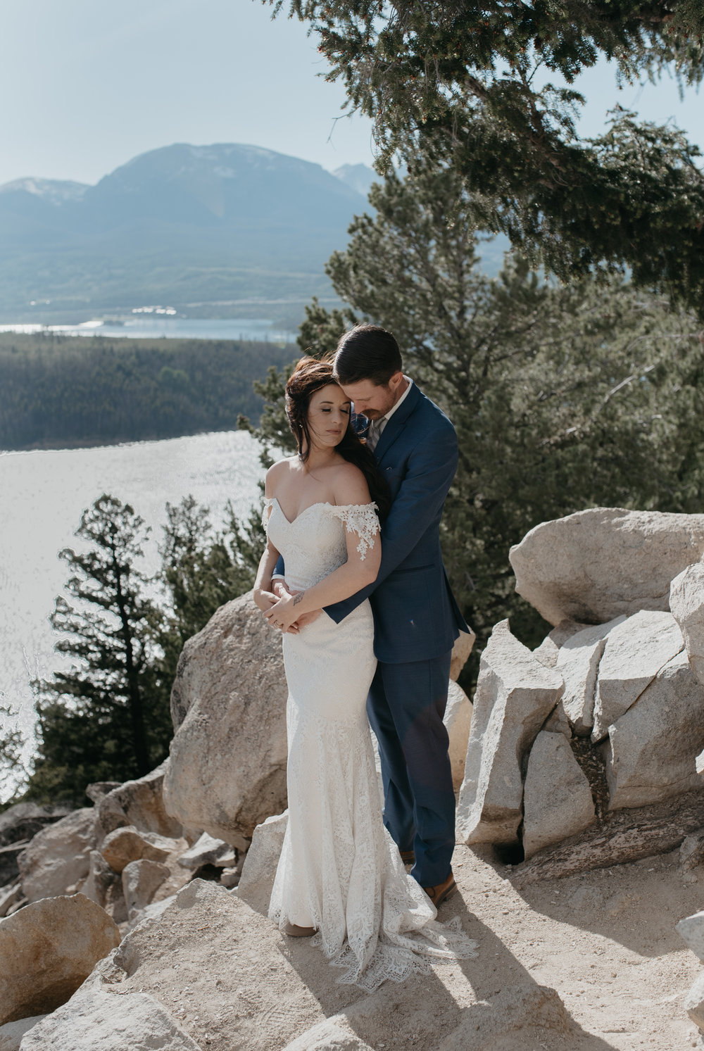 Colorado wedding photographer. Destination wedding in Colorado.