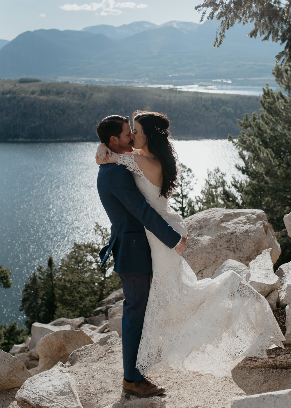 Colorado destination elopement and wedding photography. Sapphire Point elopement.