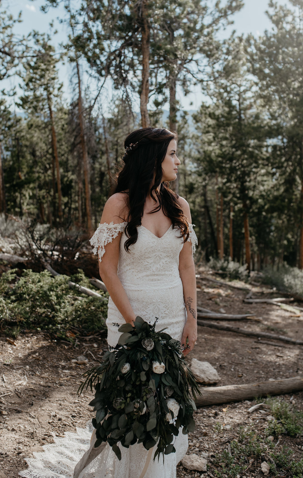 Colorado boho wedding photographer. Wedding at Sapphire Point in Breckenridge, CO.