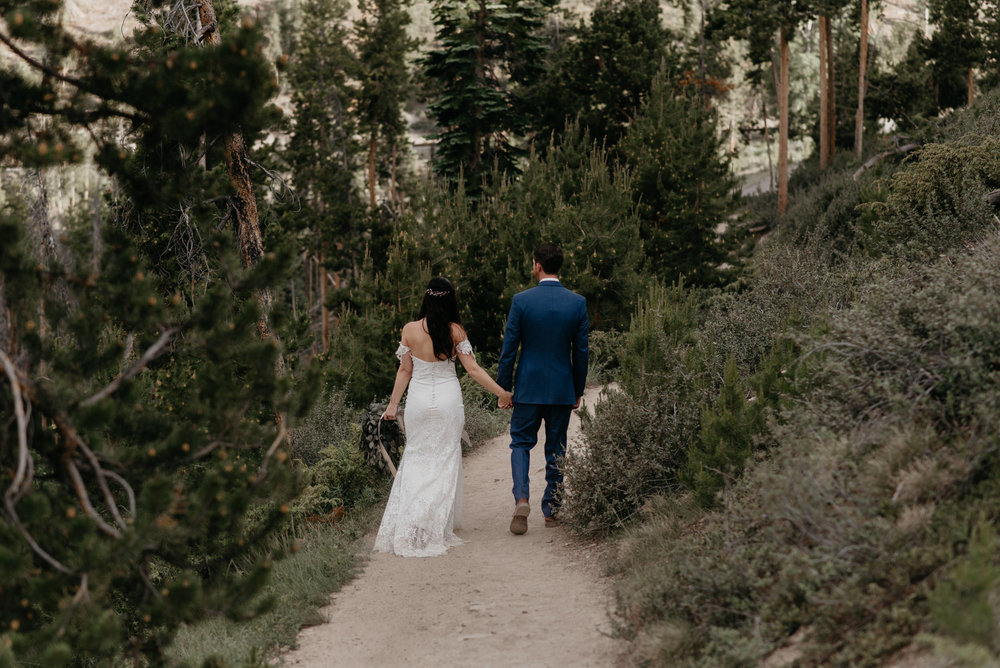Colorado elopement and wedding photography. Elopement at Sapphire Point in Breckenridge, Colorado.